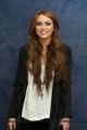 miley-cyrus-at-the-last-song-press-conference-13.jpg